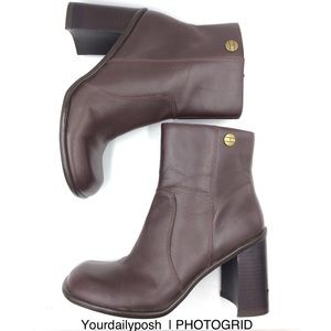 Y2k Tommy Hilfiger brown leather square toe boot 8